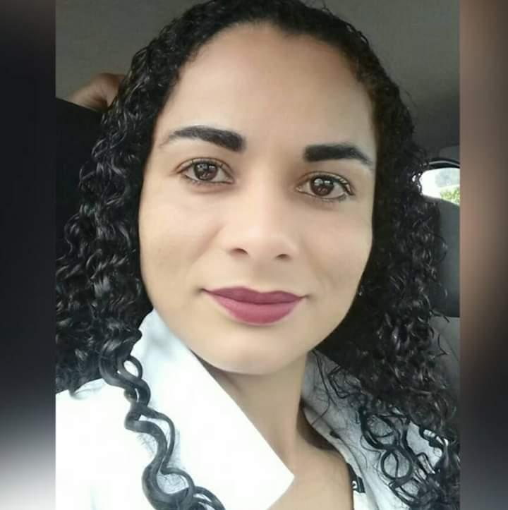Ana Lucia Barbosa Sampaio